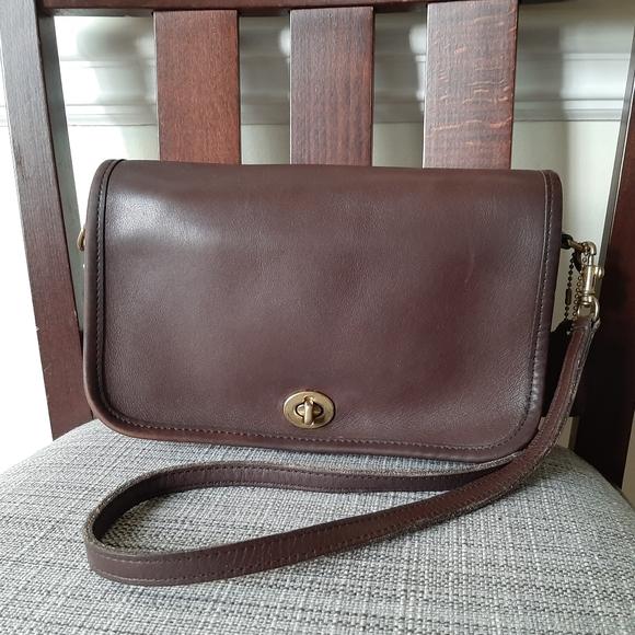 Vintage Coach Crossbody Bag Penny pocket Brown